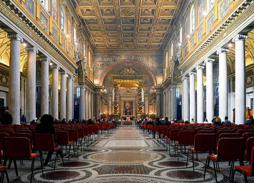 quartier trastevere santa maria rome